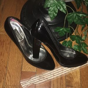 White House Black Market Shoes - 🔴🔴PRICE FIRM Black patent heels